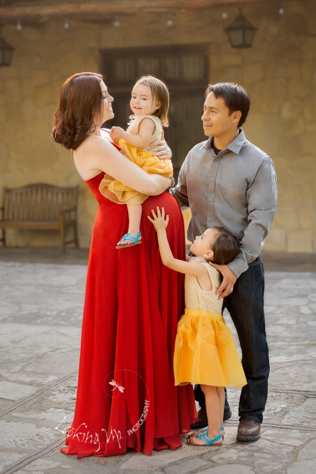 Styled Maternity Session at The Alamo {Greenwich Maternity Phtoographer}